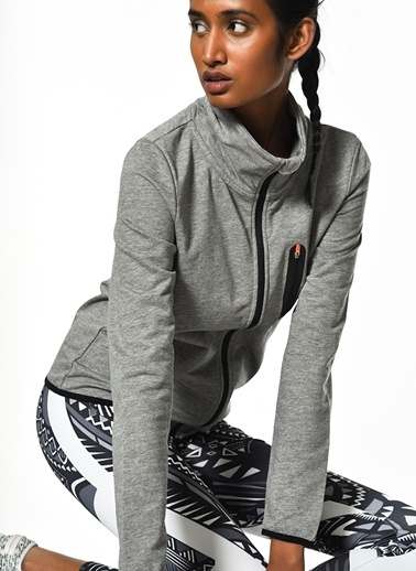 Sweatshirt-Only Play